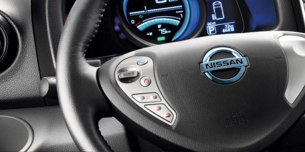 Nissan e-NV200 панель - Аренда автомобилей премиум-класса Mestenza Труймясто Рафал Гжебин